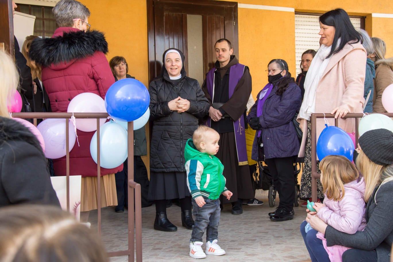 """Trenutno pregledavate Otvoren """"Centar za život"""" u Vukovaru"""