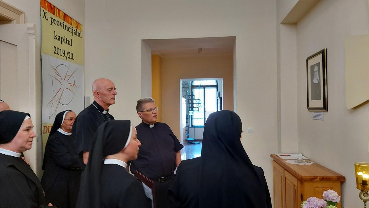 Trenutno pregledavate Pohod apostolskoga nuncija Giorgia Lingue samostanu u Đakovu
